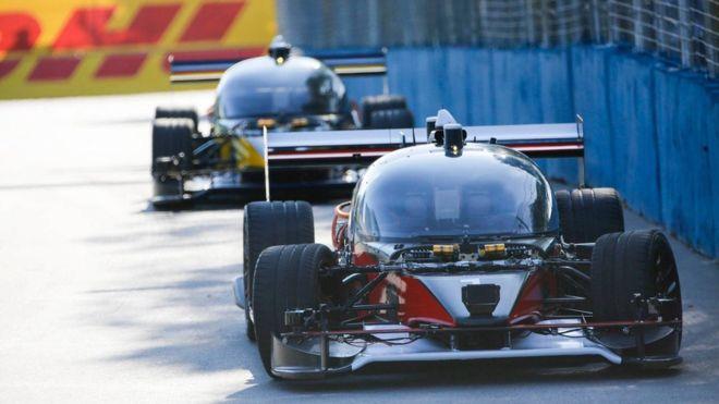 Roborace Formula E crash Devbot Buenos Aires