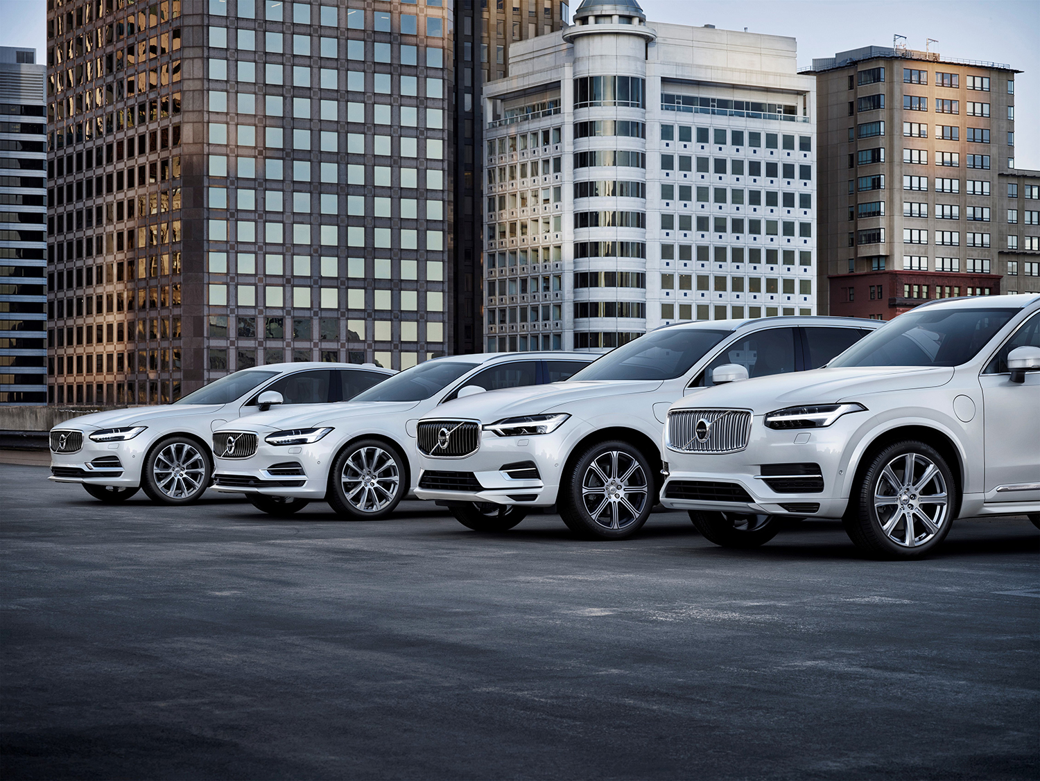 All Volvo cars to go electric