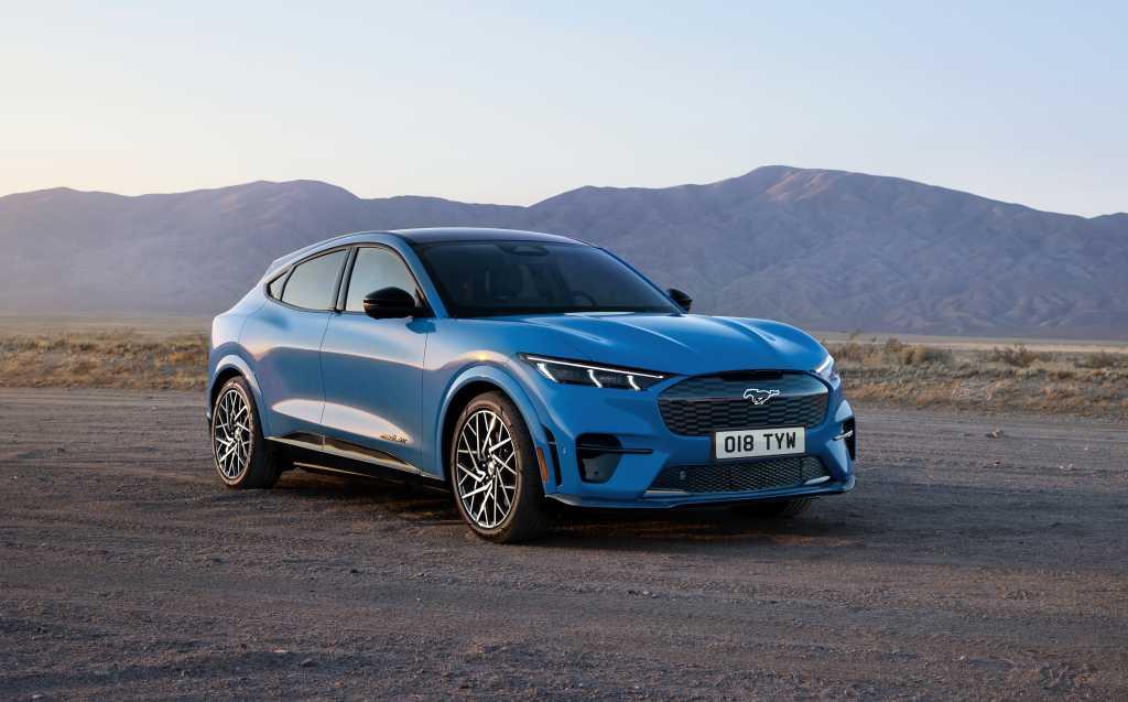 Ford Mustang Mach-E-GT Grabber Blue