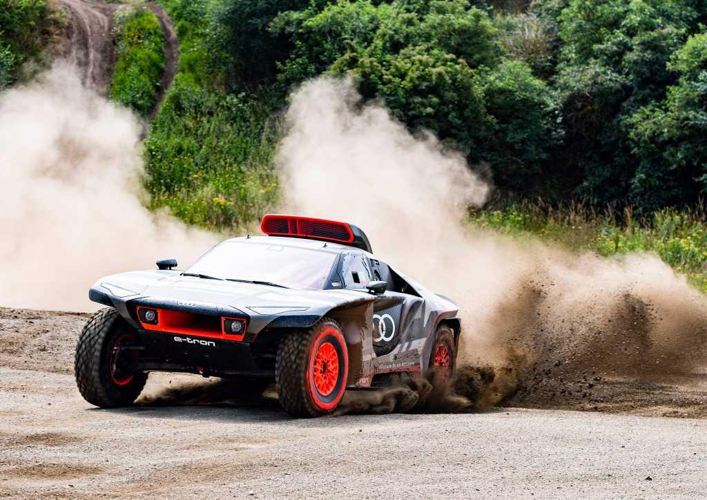 Road to Dakar - Audi RS Q e-tron